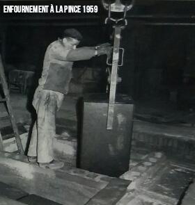 Enfournement de Cathode 1959