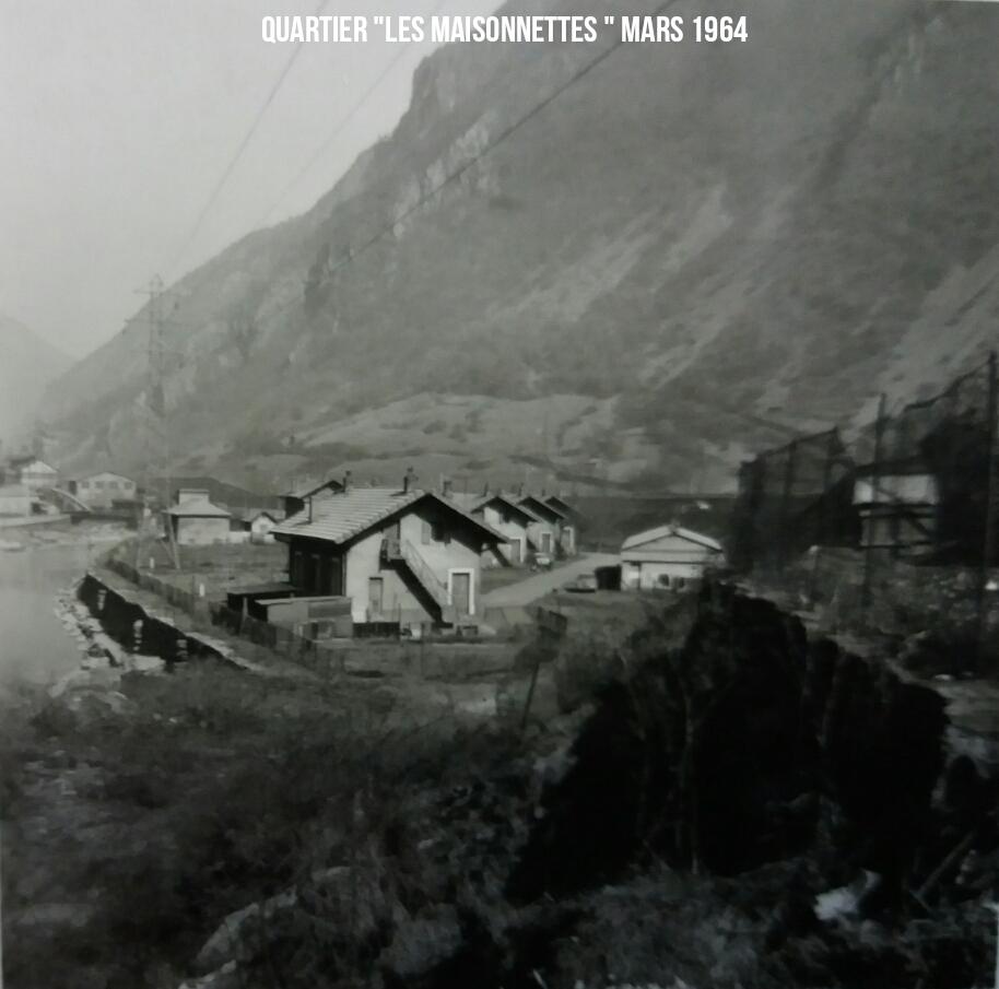 """Quartier """"Les maisonnettes"""" Mars 1964"""